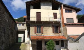 Casa d'epoca vista lago Massino Visconti