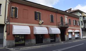 Immobile con corte interna a Borgomanero